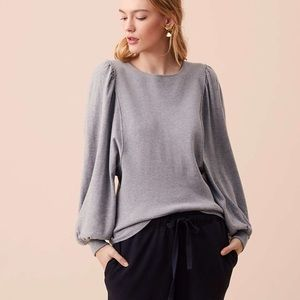 3/$20  Lou & Grey Peachskin Blouson Sweater